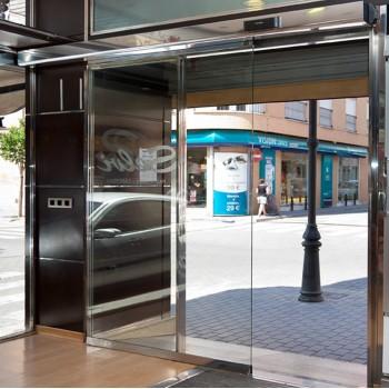 Puertas peatonales de cristal